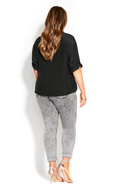 Urban Knot Front Top - black